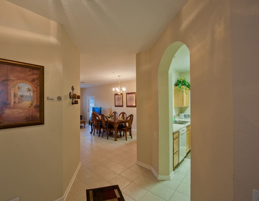 3 bedroom 1 mile to Disney WIFI $75