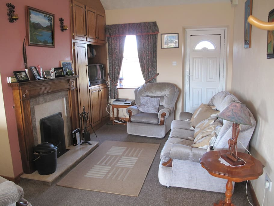 The sitting room at Green Meadows cottage.