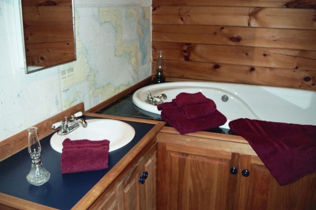 Deep Whirlpool Tub Separate Stand-Up Shower; Nautical Chart Decor; Lots of Towels