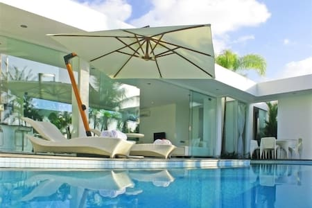 Luxury in Harmony with Nature - 1BR