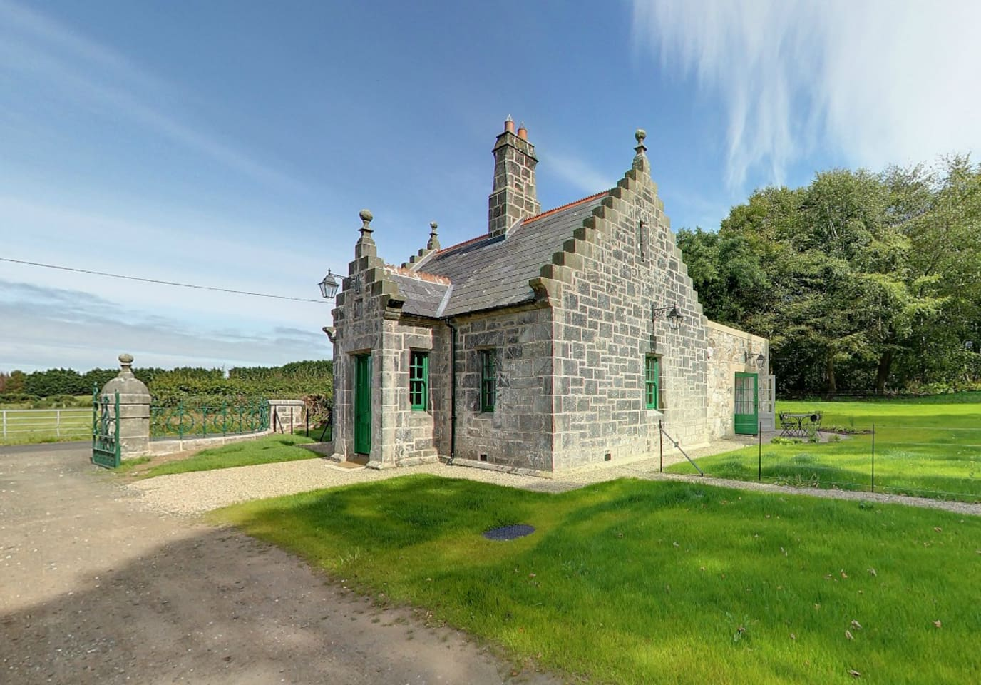 Magherintemple gate lodge