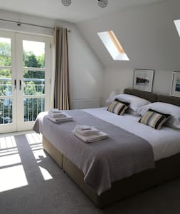 Riverbank luxury self catering apartment - Nairn - Appartement