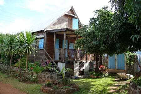 Typical Mauritian chalet  - Pointe aux Sables