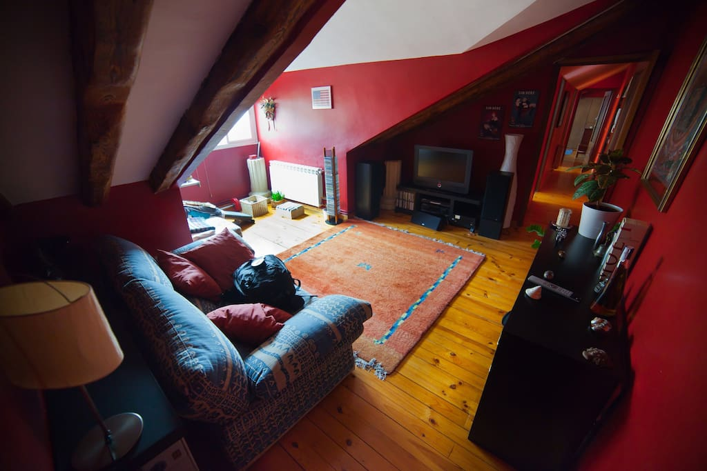 Attic in the Heart of Madrid-WIFI