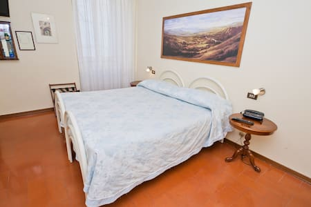 Double room Pallotta Assisi center