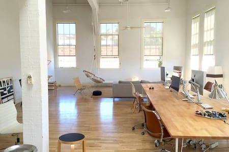 Bright, Airy 1BR/1BA Mission Loft