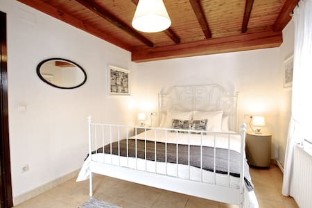 Charming 3 bedroom Apt. in Vallnord - Lägenhet
