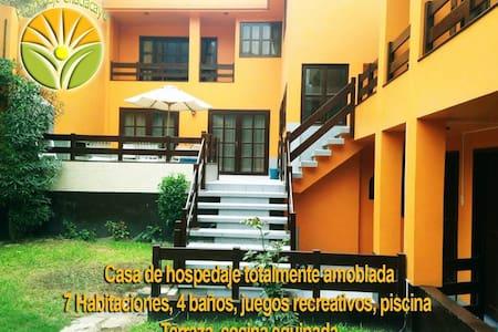 Casa Hospedaje en Chaclacayo, 7 hab - Chaclacayo - House