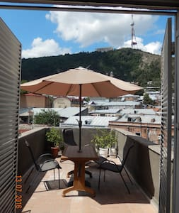Amazing View Apartment in Old Town - Tbilisi - Apartment