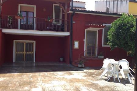 Peaceful cozy house parking incl. - Carinola (Casanova)