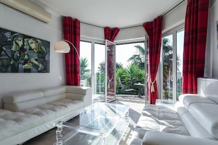 Chambre Bambou - Nice - Villa