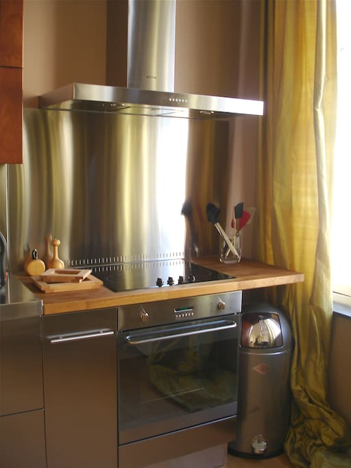 SMEG stove and all.