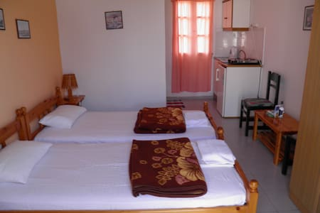 Double Room, Kini Syros (B) - Kinit - Bed & Breakfast
