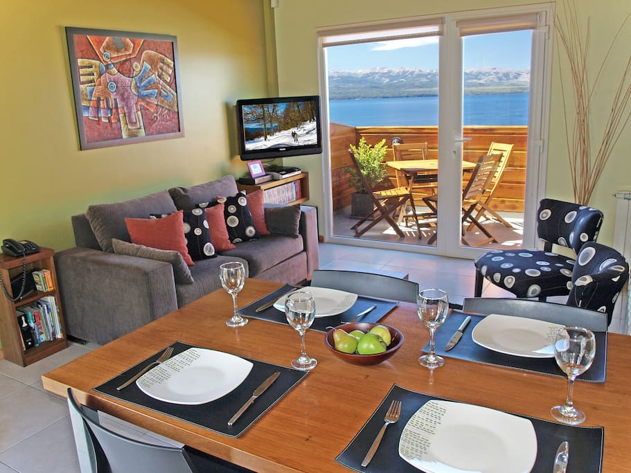 Living / Dining with excellent lake views