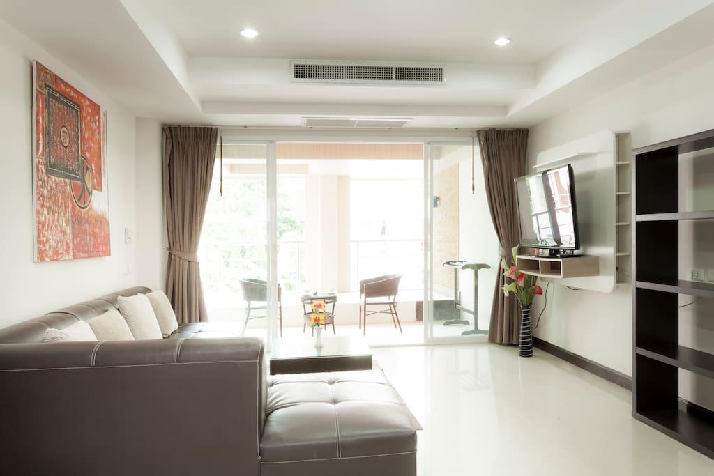 Spacious 2 bedroom Condo in Patong