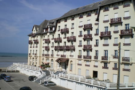 location meublé en bord de plage - Donville-les-Bains