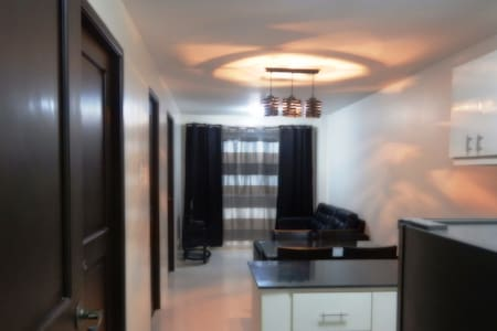 Cozy 2BR Condo: Experience the Old Baguio Charm - Condominium
