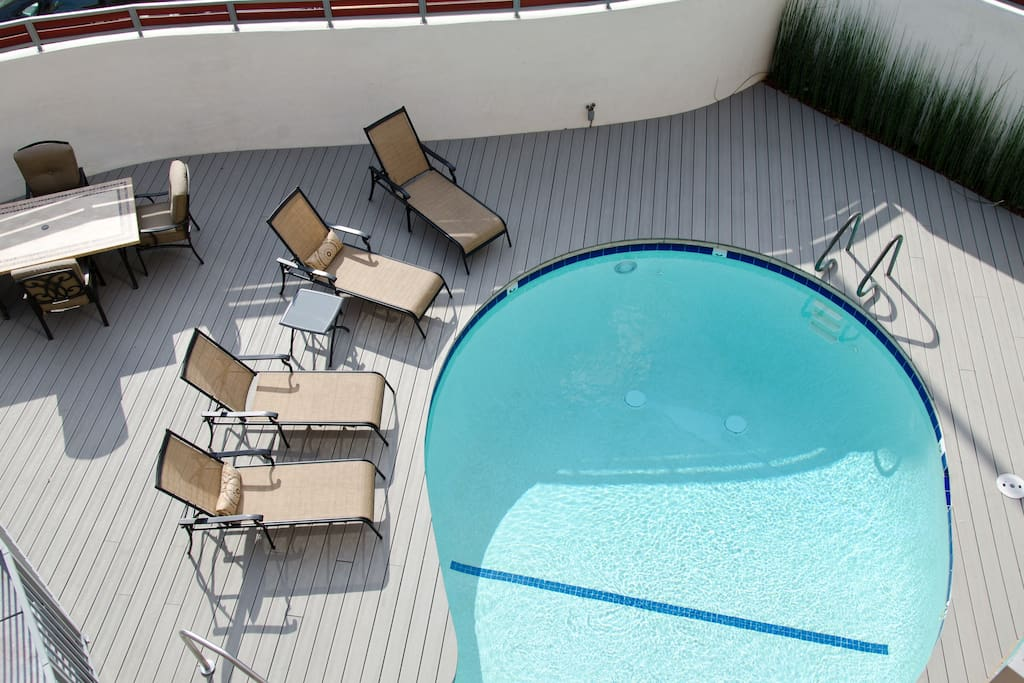 Pool area, open from 9-9
