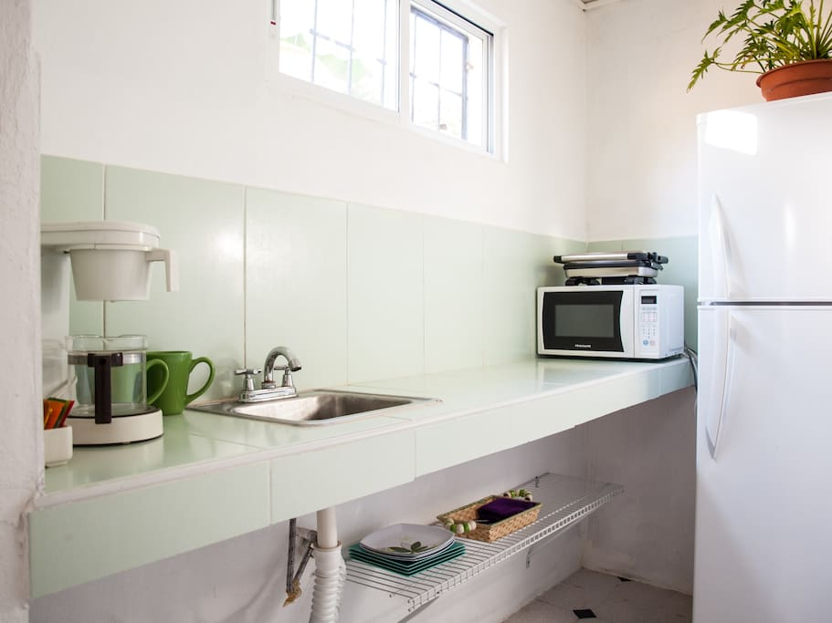 Want to save money when you travel? A Kitchenette will help you with that.