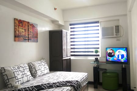 Furnished Studio Type beside Mall!! - Apartment