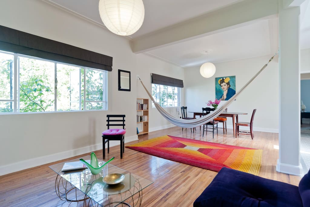 Dining-room, great hammock and a cosy living-room.