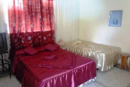 Habitacion a Solo Minutos de Cayo Coco Moron 11 - Ciego de Avila,Moron - Szoba reggelivel