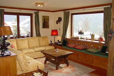 Dolomite Cabin with Stunning View! - Sommerhus/hytte