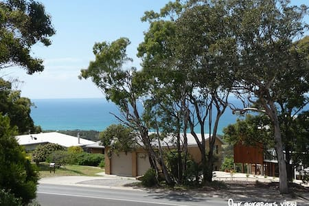 Lovely Ocean View Bass Strait B & B - Bed & Breakfast