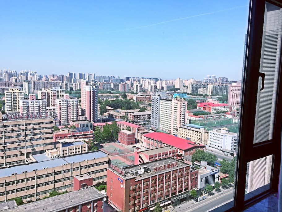 Located on the 30 floor, romantic and charming view,位于30层,迷人的景色 北京的心脏 尽收眼底