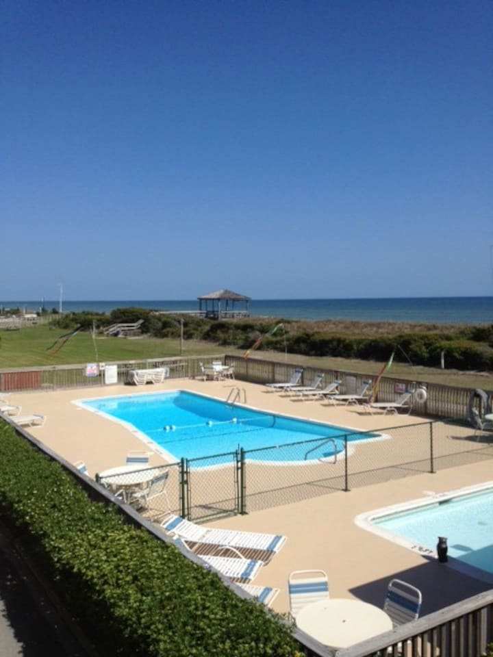 Your Crystal Clear Pool!  Oceanfront Complex!