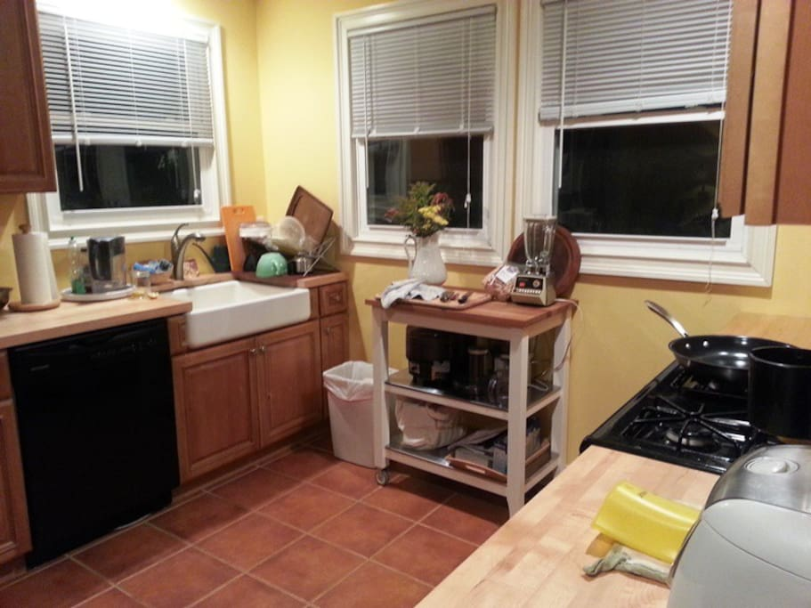 Kitchen - ready for you to cook in and enjoy!