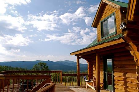 Mountain Retreat w/ Stunning Views! - Ház