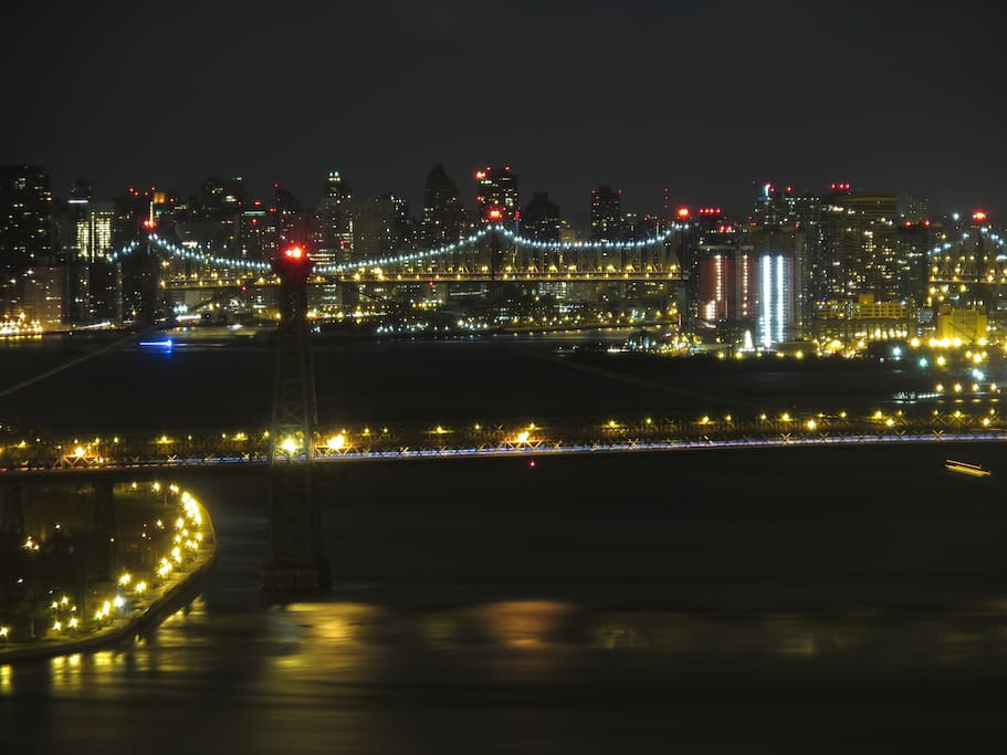 Truly spectacular views of the Williamsburg, Manhattan and 59th St Bridge