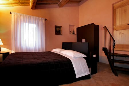 B & B IN MONTEPULCIANO TUSCANY NEAR THE SPA - Bed & Breakfast