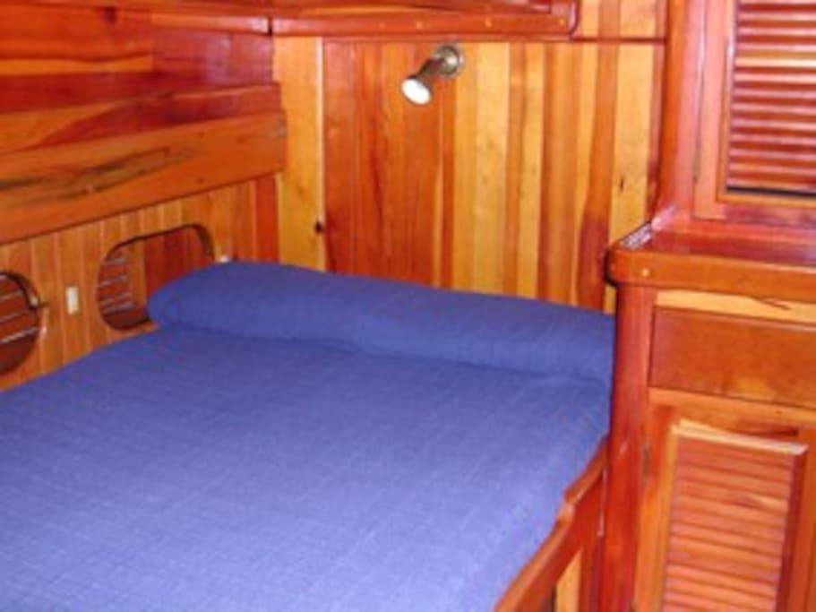 Guletta, double bed