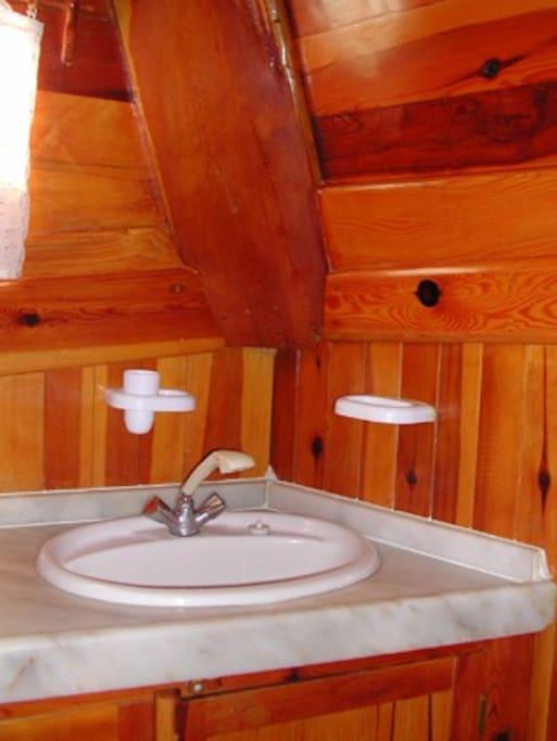 Guletta, toilette