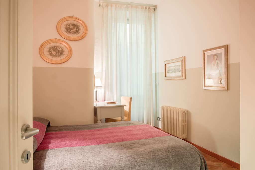 Awesome 1 Bed Apt 2+2 in Florence