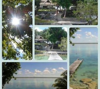(a) Cuarto con vista a la laguna - Bacalar