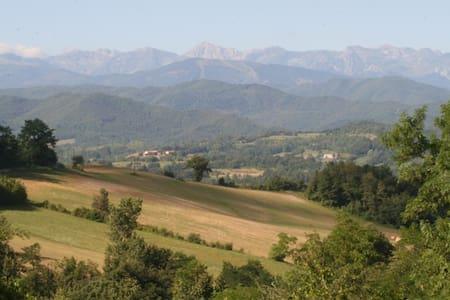 Logeren en Kamperen in Zuid Piemont - Rumah