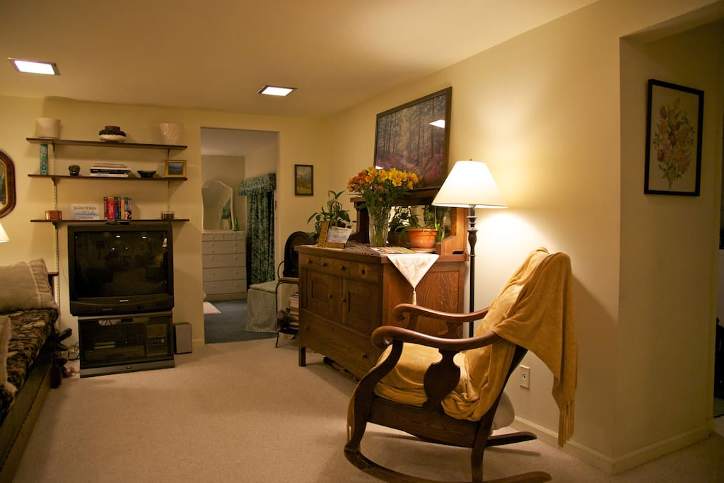 Your private apartment on Queen Anne Hill