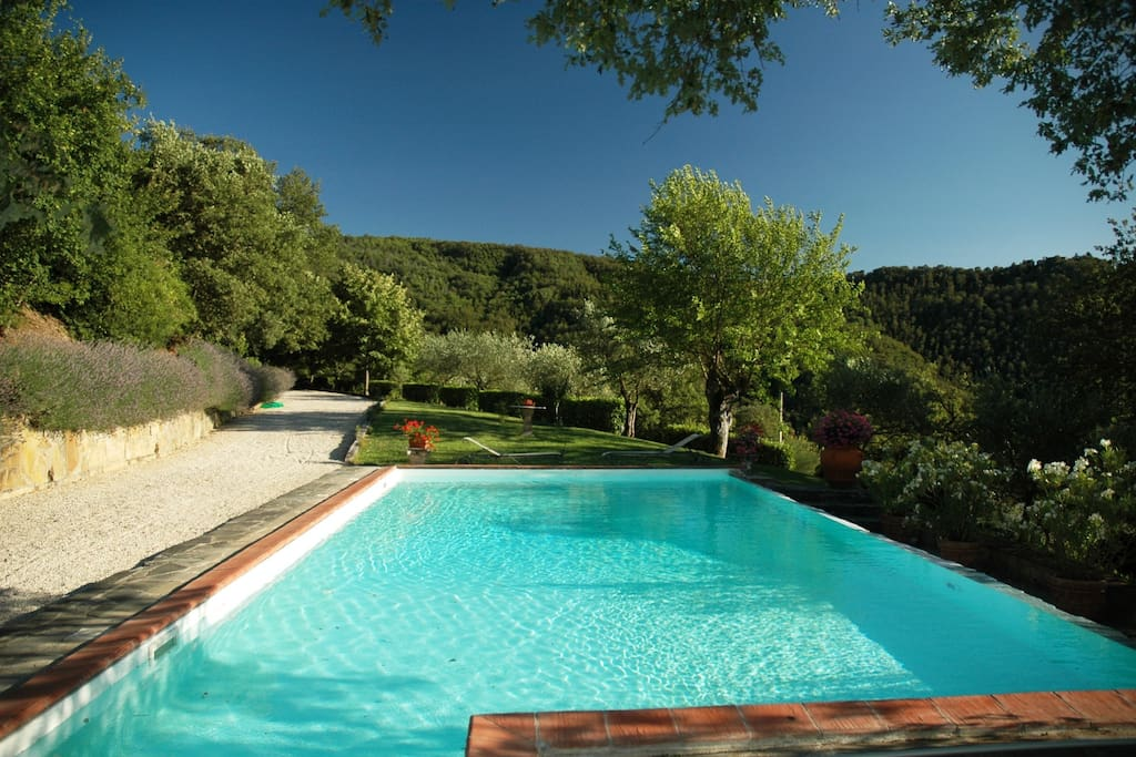 Villa with pool, Cortona, Tuscany