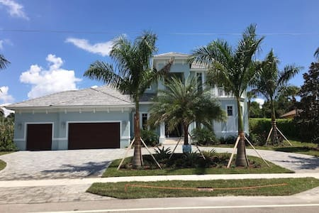 Brand New Estate Home - Marco Island - Rumah