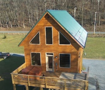Brand New River Front Log Cabin - Luray - Zomerhuis/Cottage