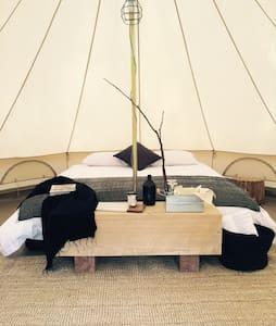 Bay of Fires Bush Retreat Bell Tent - Cosy's - Binalong Bay