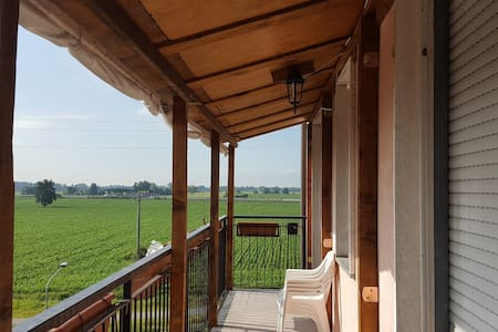 Up to 6 beds near Milan + Park + WiFi - Lejlighed