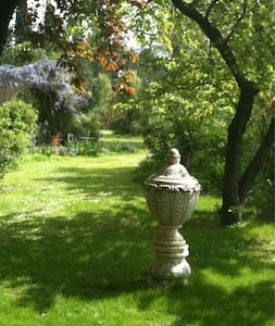 two rooms en Provence near the Alpi