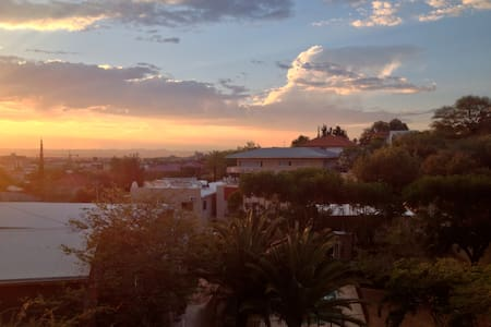 Cosy Downtown Windhoek House
