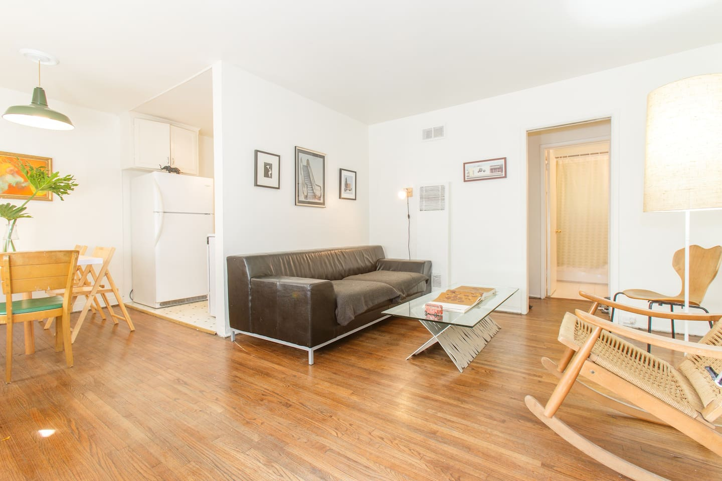 1 Bedroom Weho Apt With Parking