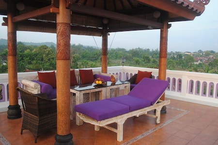 Tropical Oasis - Private Pool - Amazing Views 1 br - South Kuta - Bed & Breakfast