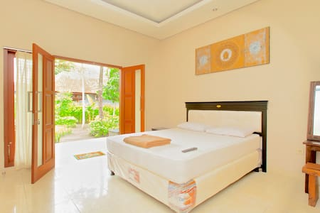 Meka Sari Beach Inn- Legian Beach